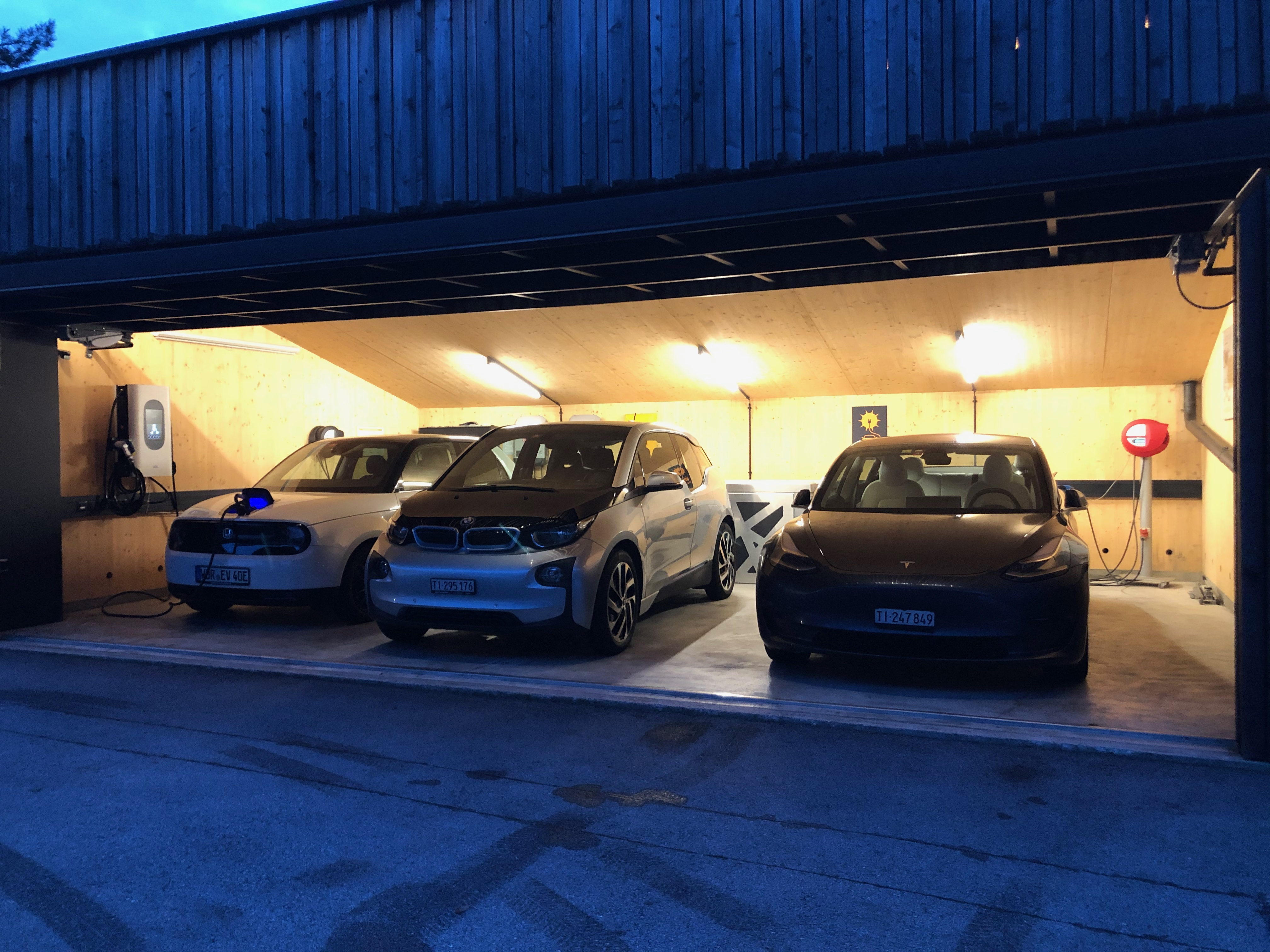 sun2wheel   EFH-Garage Rovio